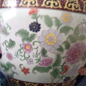Antique Chinese painted bowl